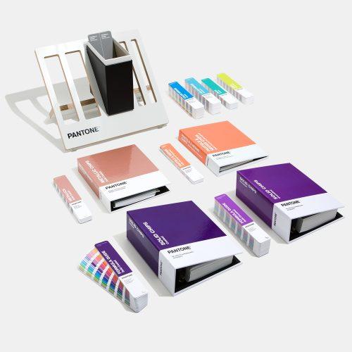 Pantone katalogu ve renkleri