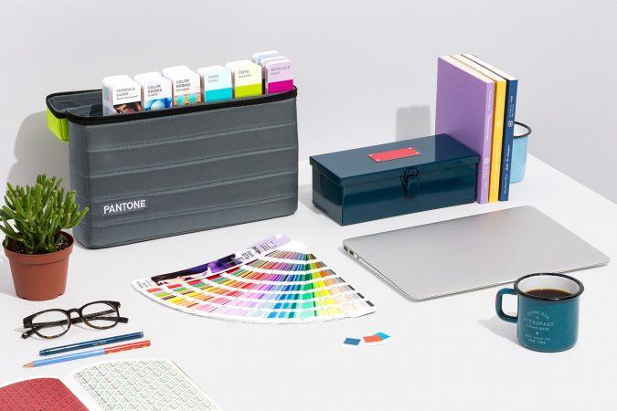 Pantone ve Ral Avantajlı Renk Setleri